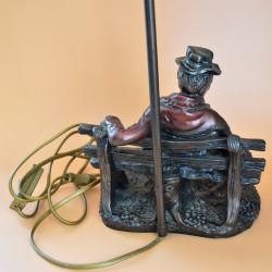 Лампа настольная - фигура Мужчина на скамейке, 6008/к