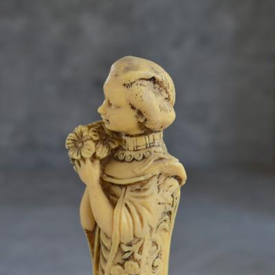 """Фигура """"Девушка с букетом"""", арт. 3816"""