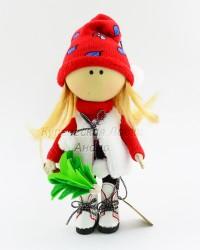 Текстильная кукла ручной работы в шубке и елочкой в руке, ID 3055/1
