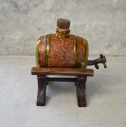 "Бутылка с краном на подставке ""Бочка"" арт. 5993/к"