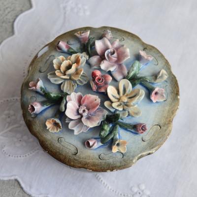 """Шкатулка """"Цветы"""" лепка, арт. 1624/1"""