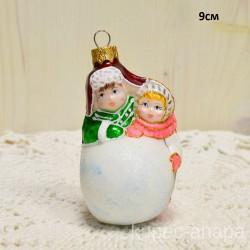 """Елочная игрушка """"Дети мальчик девочка снежок"""" роз./зел. арт. 3209 ID4233"""