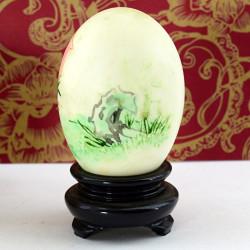 """Утиное яйцо с росписью на подставке """"Мальчик с персиком"""", арт. 3339"""