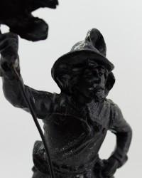 """Статуэтка Революция """"Свобода и Победа. Знаменосец"""" , арт. 3892"""
