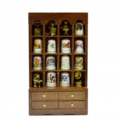 """Домик - экспозитор """"Шкаф"""" для миниатюр и наперстков 20,5*12*4,5см, 196гр, арт. 2727"""