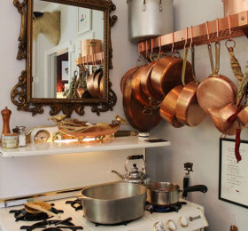 Посуда, предметы быта из металла